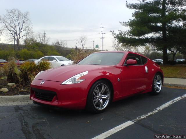 370Z spotted by a forum member.  Great job waqar!