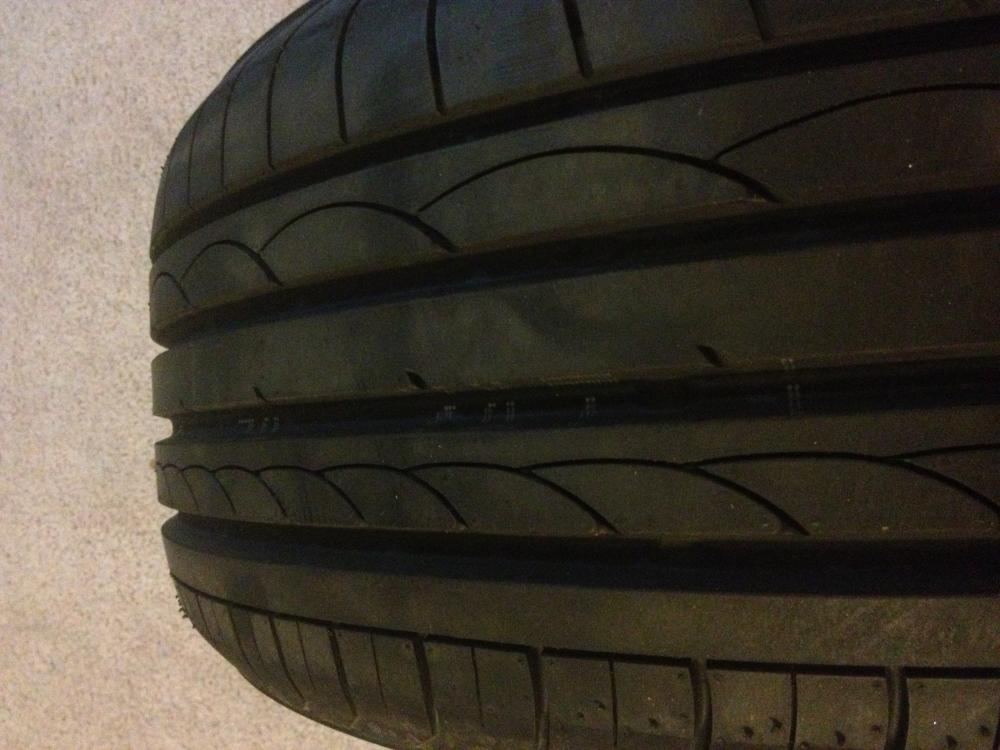 Front tire from the top