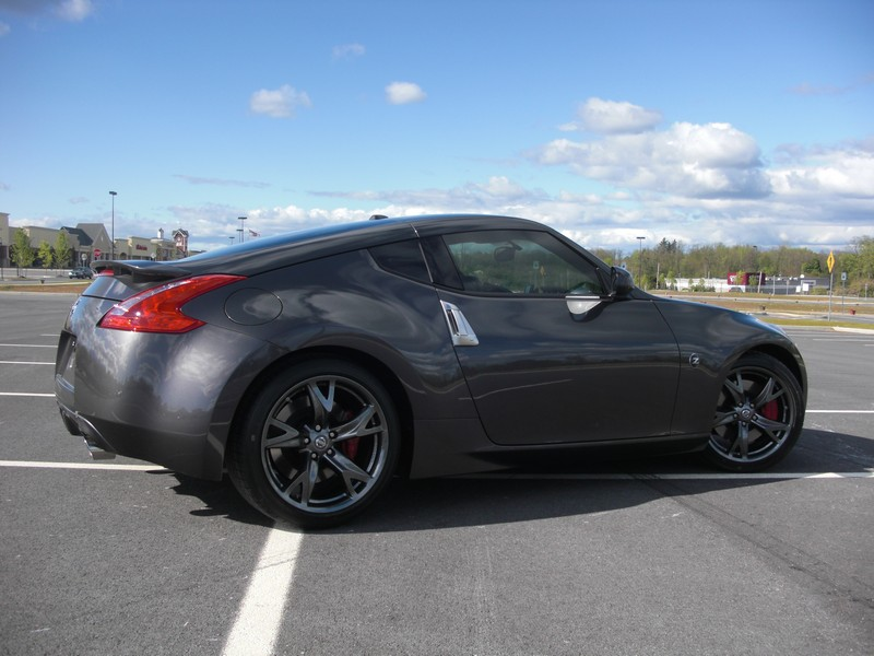 dropped1 39 s 40th anniversary z nissan 370z forum. Black Bedroom Furniture Sets. Home Design Ideas