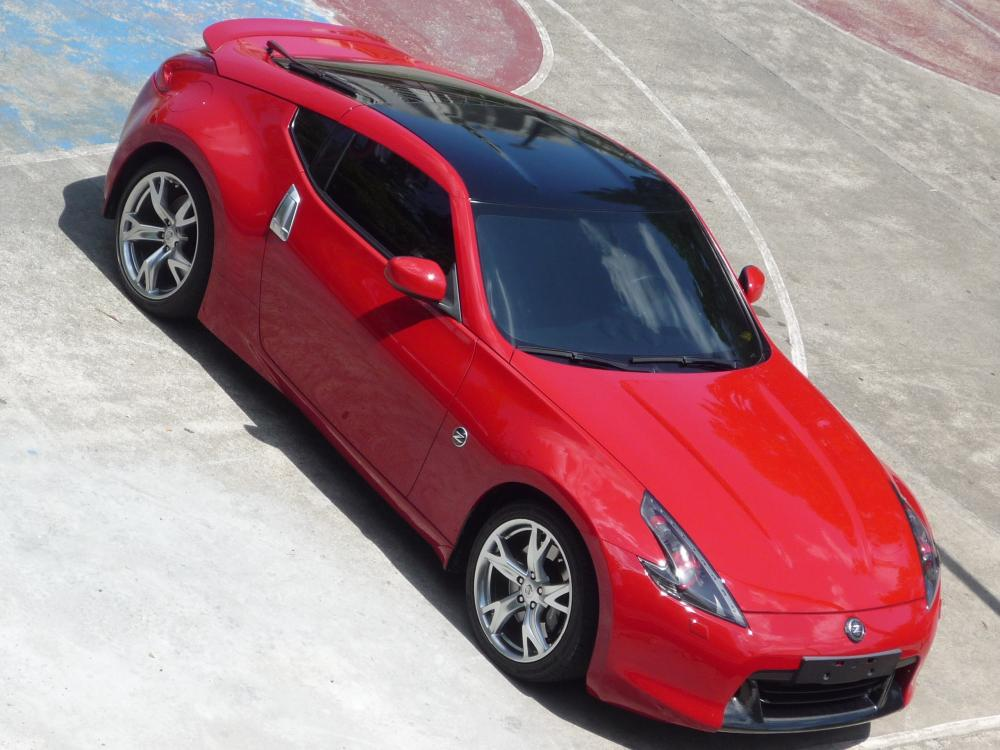BlueBatmobile Glossy Black Roof Overlay Installed - Nissan ...