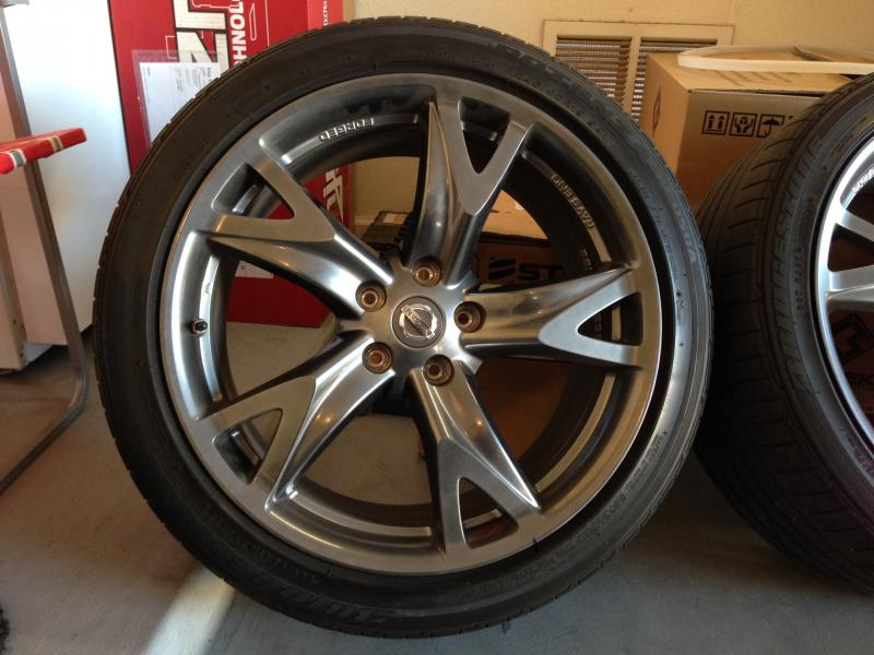 [For Sale] Nissan 370z 40th Anniversary OEM Rays Forged ...